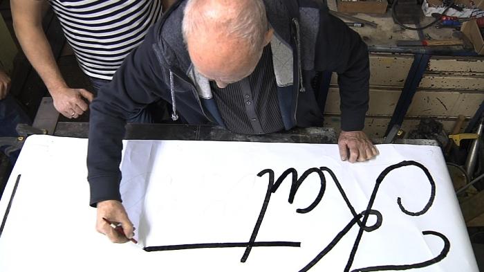 Zbigniew Łankiewicz rysuje