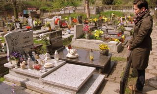 Izabela Kopiec nad Grobem Dzieci Utraconych