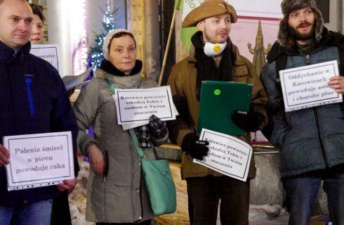Kilkanaście osób na demonstracji antysmogowej