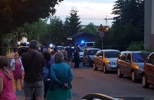 """""""Bombę"""" w Wełnowcu podłożyła mała dziewczynka? Policja wyklucza tę wersję"""
