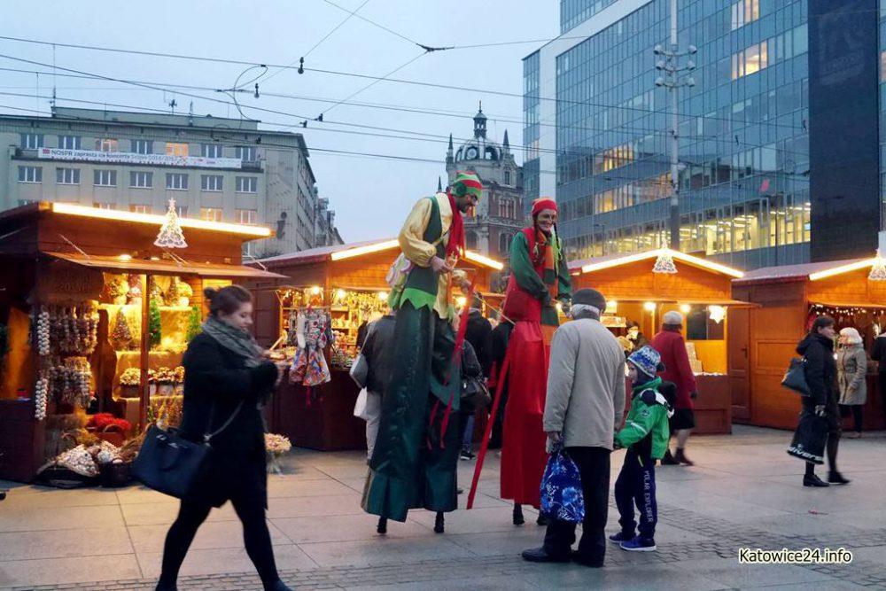 Na Rynku rozpoczął się jarmark bożonarodzeniowy