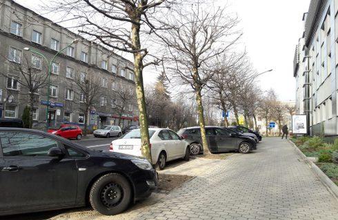 Nowe miejsca parkingowe przy ul. Sokolskiej