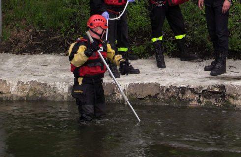 Trwają poszukiwania Armina Smyczka. Dziś strażacy sprawdzali Brynicę