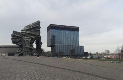 Dzień dobry Katowice. Miasto sprzeda bez przetargu atrakcyjną działkę w Dolinie Trzech Stawów