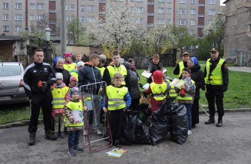 Dzieci posprzątały ulicę Markiefki