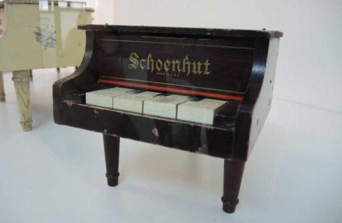 W Katowicach można zobaczyć miniaturowe pianina [ZDJĘCIA]