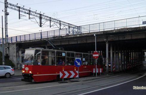 Duże zmiany w kursowaniu autobusów i tramwajów w święta