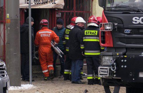 Katastrofa budowlana w Katowicach-Szopienicach: 16-latek w ciężkim stanie