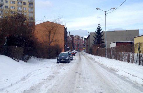 Białe drogi w Katowicach. Najgorzej wyglądają te osiedlowe