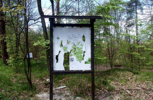 Wandale zniszczyli tablice przy trasach rowerowych w Katowicach