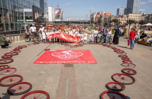 Rowery dla dzieci za kilometry. W Katowicach ruszyła akcja charytatywna