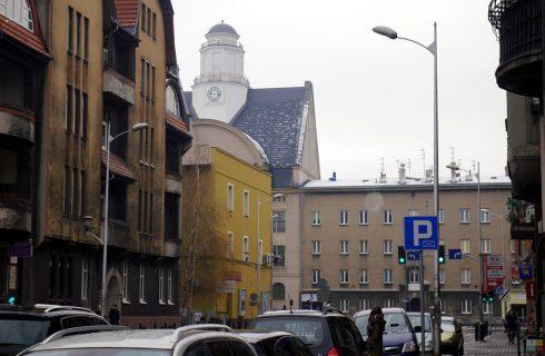 Dzień dobry Katowice. Uwaga na silny wiatr